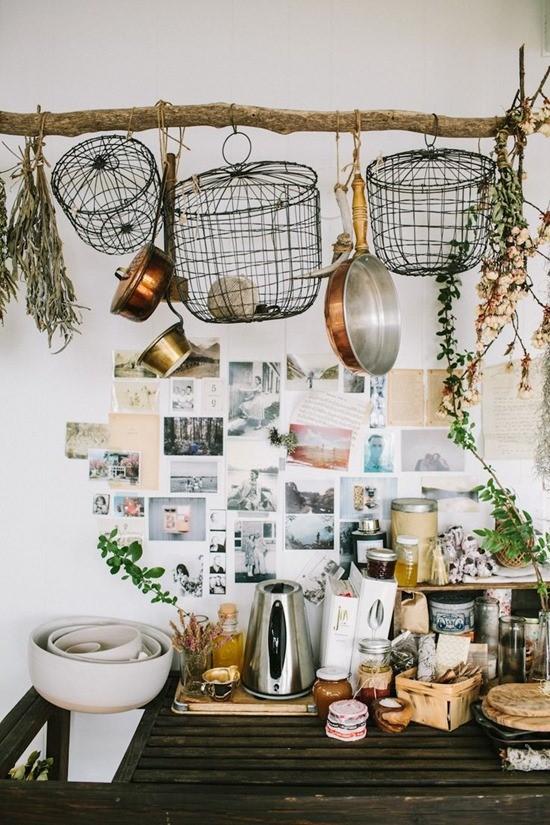 Посуда в кухонном интерьере 5