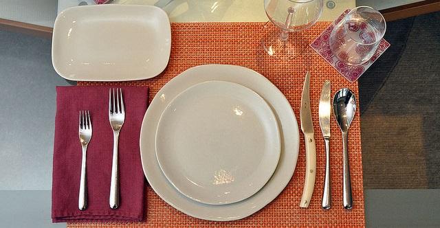 Сервировка стола к обеду 4