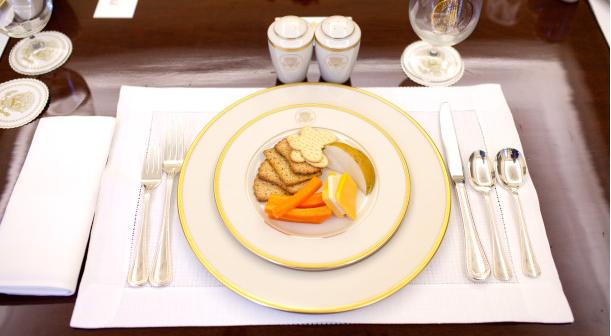 Servirovka-stola-k-obedu-5