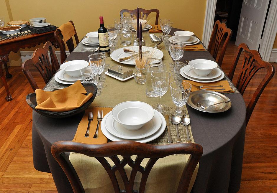 Table setting for dinner 1