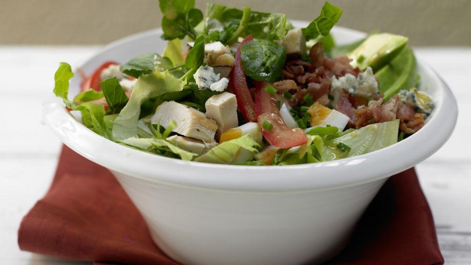 cobb-salad-rohkost-avocado-salat-6279